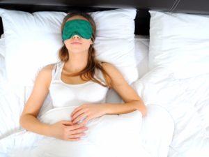 Παραμονή στο σπίτι και αϋπνία: Ποιές τροφές μας εξασφαλίζουν ποιοτικό ύπνο ?